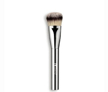 IT-Cosmetics-heavenly-luxe-foundation-brush
