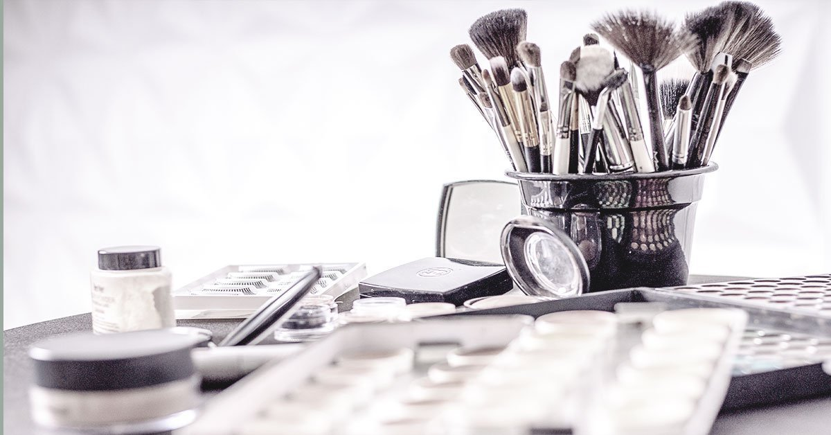 makeup-scene-brushes