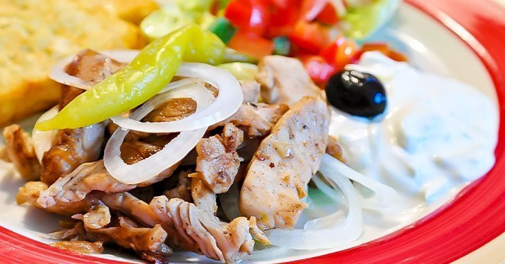 marinated-chicken-tzatziki-sauce
